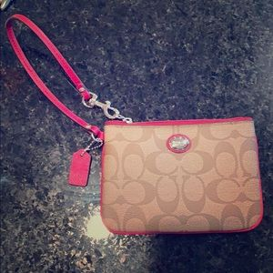 Coach wristlet never been used!